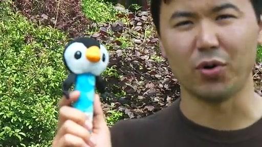 Lamaze Bend & Squeak Penguin - review - Nurseit - 2011-04-28 - image 2 from the video