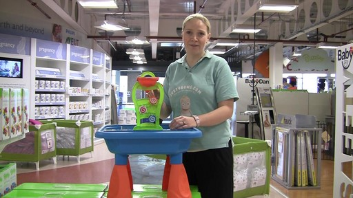 Buzzing Brains Sand & Water Play Table - Kiddicare - image 8 from the video