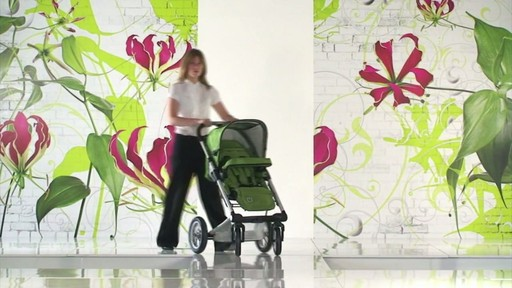 Mutsy 4 Rider Lite College Green Carrycot - image 7 from the video