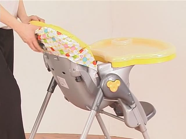 Brevi Jupiter Classic Highchair Product Features - Kddicare - image 2 from the video