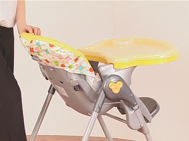Brevi Jupiter Classic Highchair Product Features - Kddicare - image 3 from the video