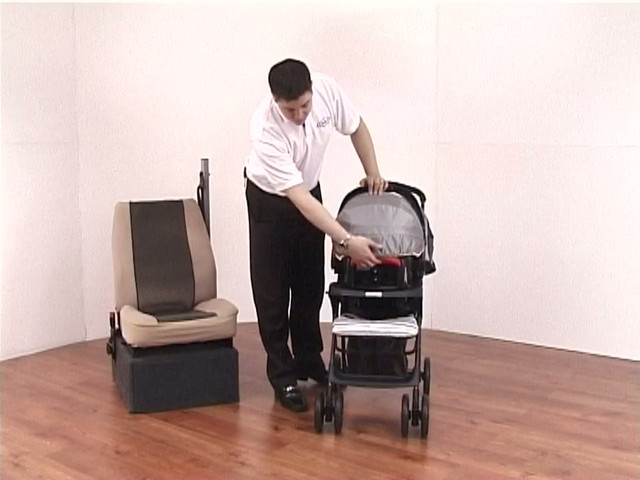 Graco Mirage Travel System - image 1 from the video