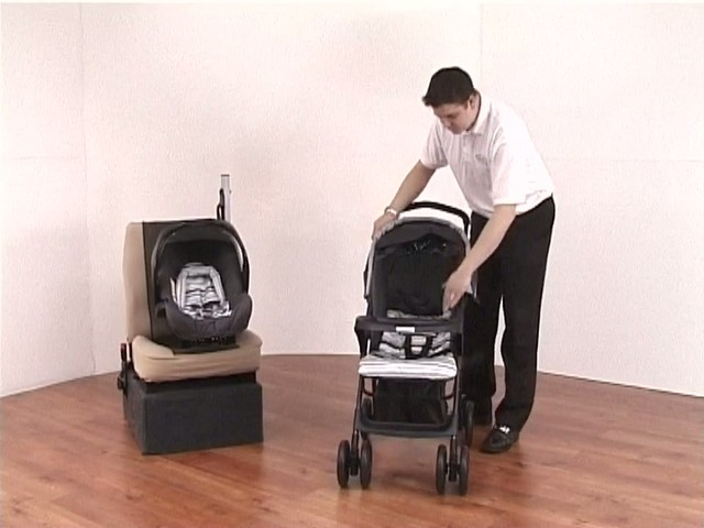 Graco Mirage Travel System - image 2 from the video