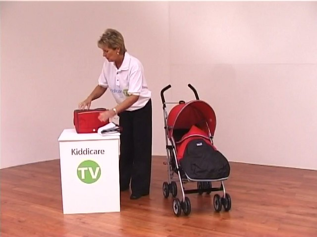 Red kite Push Me twin Jogger Accessories - image 3 from the video