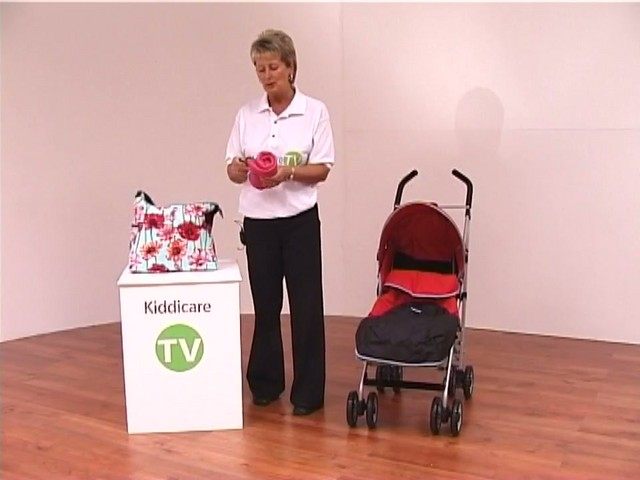 Red kite Push Me twin Jogger Accessories - image 5 from the video