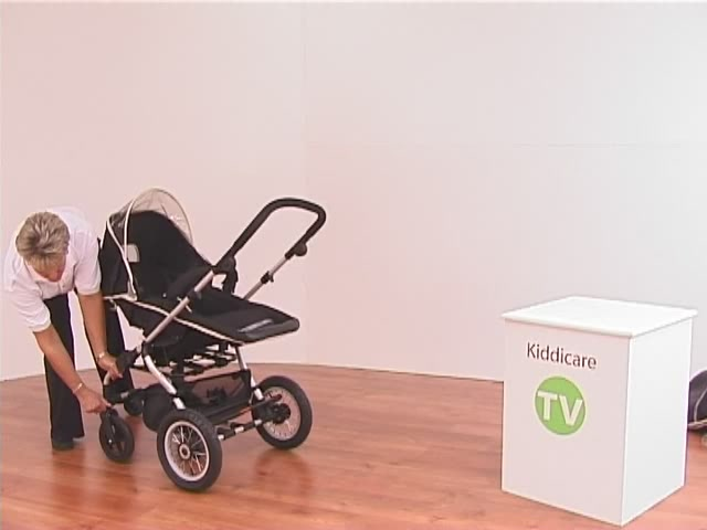 Hauck Infinity Pushchair and Carrycot - image 3 from the video