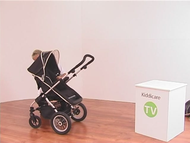Hauck Infinity Pushchair and Carrycot - image 4 from the video