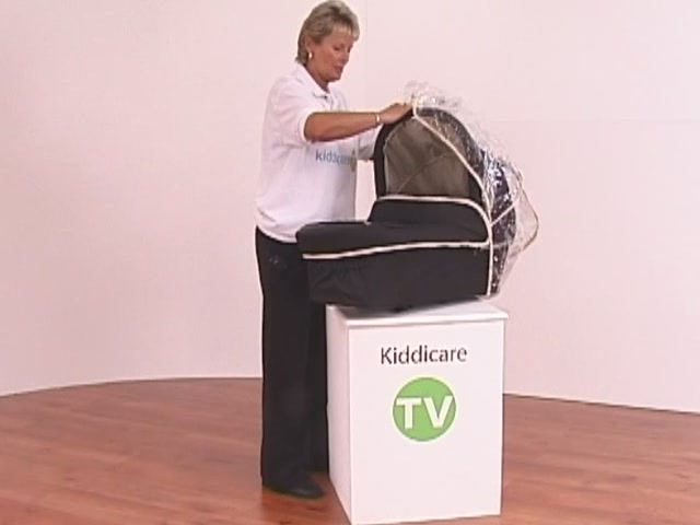 Hauck Infinity Pushchair and Carrycot - image 7 from the video