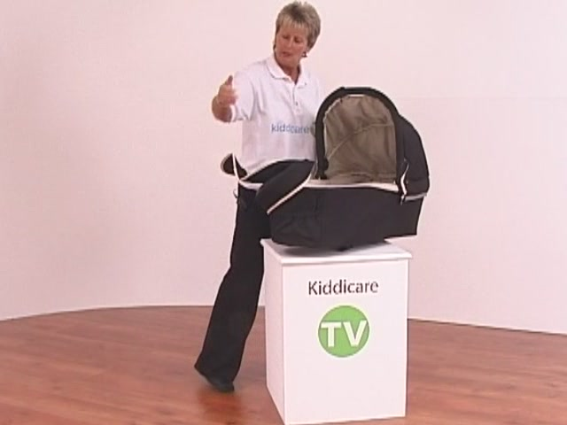 Hauck Infinity Pushchair and Carrycot - image 8 from the video